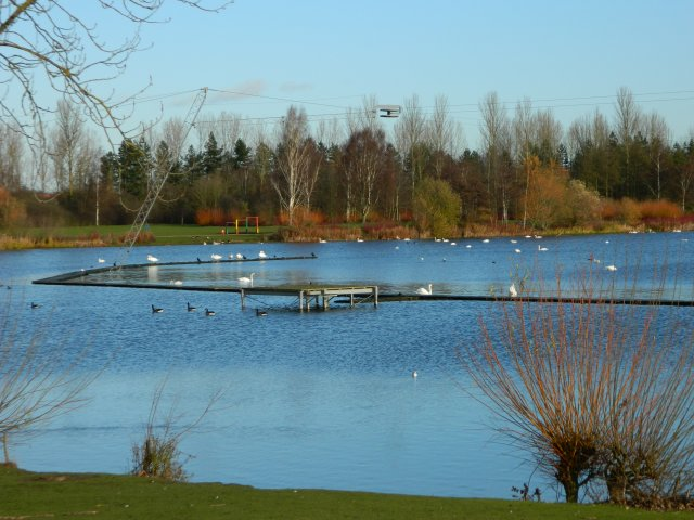 Milton Keynes - WakeMK, Willen Lake